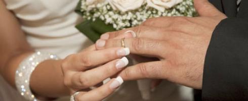 نصف الأردنيات لا يعرفن حقهن إشتراط عدم زواج أزواجهن بآخريات في عقد الزواج
