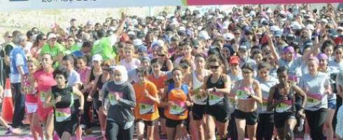 سيدات لبنان يركضن «لقدّام… بيكفّي رجعة لَوَرا»