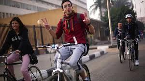 مصريات يواجهن «التحرش» بالدراجات!