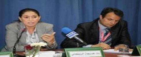 الروكاني: حكومة بنكيران تتلكّأ في تفعيل حقوق المرأة بالمغرب
