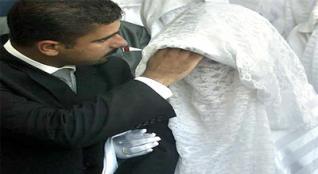 """مصر: دعوة لإلغاء إجراءات الزواج والطلاق عند """"المأذون"""" و""""كأن لم يكن"""""""