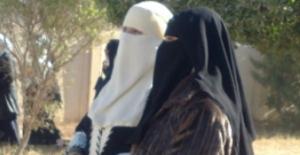 النقاب والتحرش الجنسي والعنف يواجه نساء الموصل