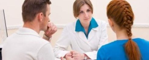 نساء جزائريات ضحايا الطلاق بسبب مرض السرطان