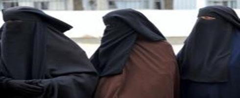 النقاب في المغرب .. حرية شخصية تُحترم أم لباس يخلّ بالأمن العام؟