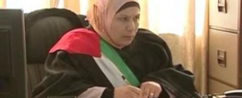أن تكوني مطلقة فلسطينية ويخذلك القانون.. قصة ناهد ورغد
