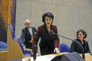 New chairwoman of the second chamber of the Dutch parliament, Khadija Arib (C) arrives for her first day in The Hague on January 14, 2016. Khadija Arib is the first person elected as chairwoman of the second chamber of the Dutch parliament with a dual citizenship, Dutch and Moroccan. - Netherlands OUT / AFP / ANP / Martijn Beekman
