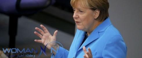 ميركل: الاعتداءات الجنسية على النساء في مدينة كولونيا الألمانية تطرح تساؤلات بشأن التعايش الثقافي.