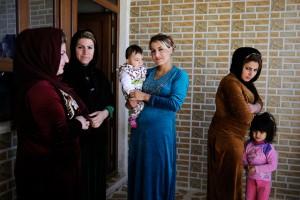 في إحدى قرى شمال العراق تعمل اليونيسيف على نشر الوعي والمعلومات من أجل القضاء على ممارسة ختان الإناث بها.