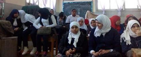 """""""يعني إيه نسوية؟"""" أول مدرسة عن حقوق النساء ببورسعيد"""