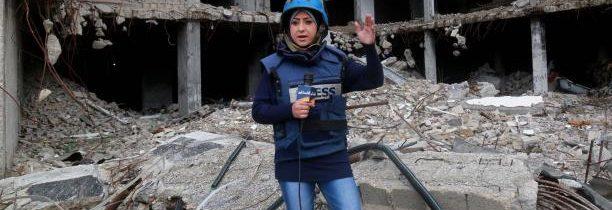 صحافيات فلسطينيات يتحدين المجتمع والاحتلال