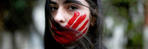 التحرش في مكان العمل.. هل توفر المؤسسات الإعلامية بيئات عمل آمنة