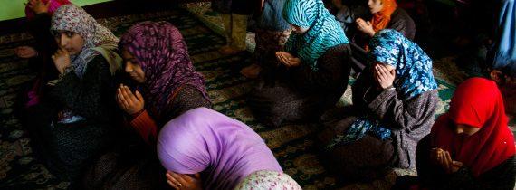 القانون المغربي يطرد فتياتٍ من دار رعاية لتجاوزهن سن الـ18.. كيف سيستقبلهن الشارع؟